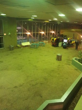Econo Lodge:                   Game Room