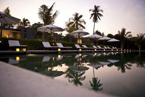The Lombok Lodge: Poolside