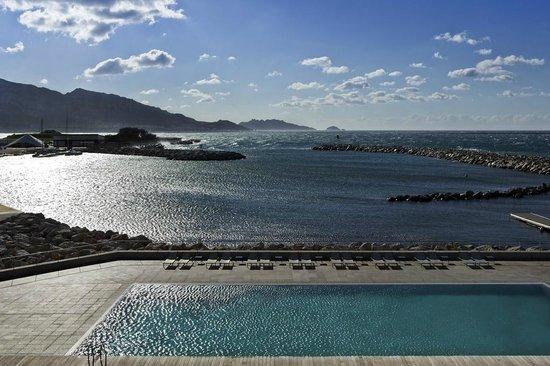 NH Marseille Palm Beach: SEA SIDE