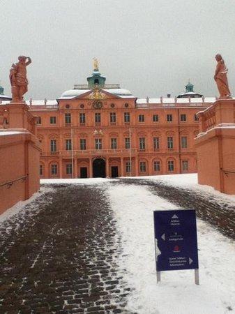 Rastatt Castle (Schloss) :                                     Innenhof im Winter