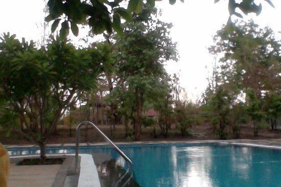 Mahua vann resort bewertungen fotos preisvergleich for Swimming pool preisvergleich