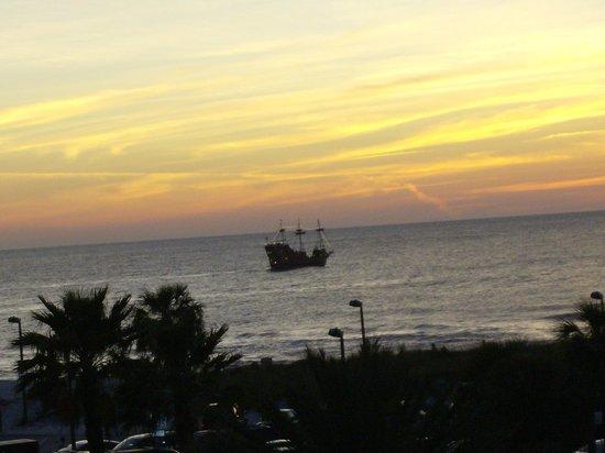 Seaside Inn & Suites:                   Pirate Dinner Sunset Cruise
