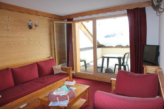 Lagrange Prestige L'Ecrin des Sybelles: Du salon au balcon