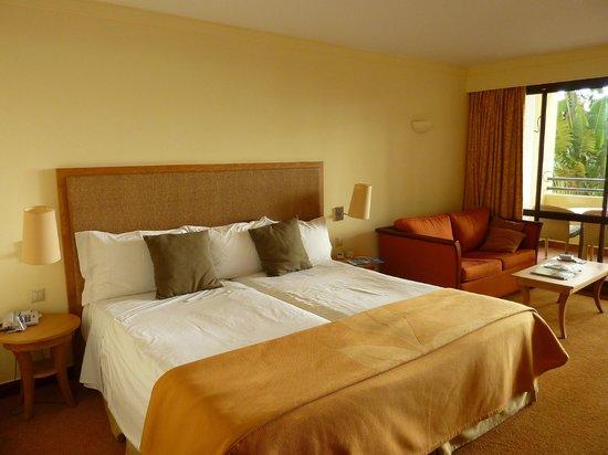Suite Hotel Eden Mar:                   Bedroom