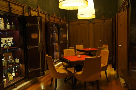 Boscolo Prague, Autograph Collection: Cigar bar