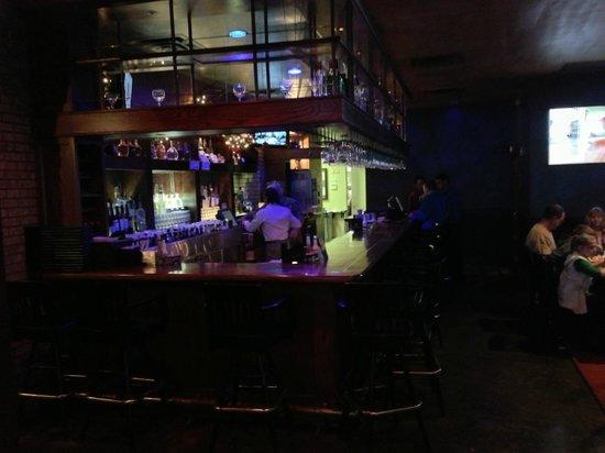 Serna's Mexican Cuisine: Bar and lounge area