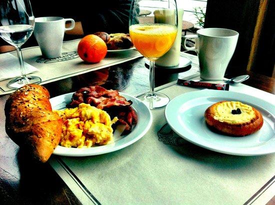 Botel Matylda: la nostra prima colazione