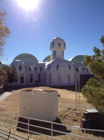 Biosphere 2: Front
