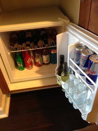 FireSky Resort & Spa - a Kimpton Hotel:                   Mini bar was pretty well stocked.