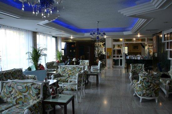 Nereus Hotel: Lobby