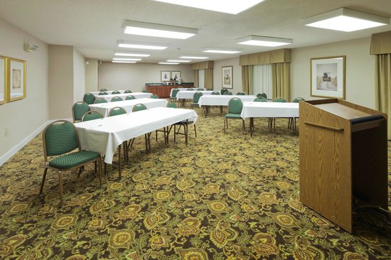 Country Inn & Suites by Radisson, Montgomery East, AL: Meeting Room