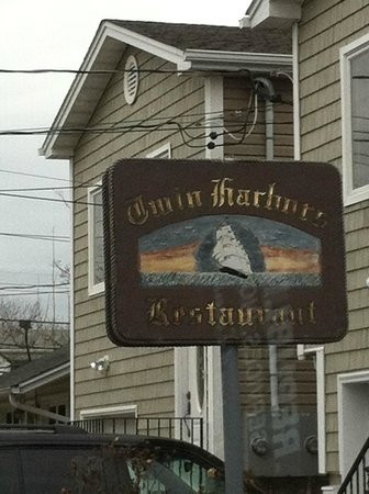 Twin Harbors Restaurant