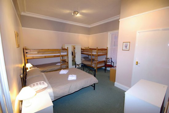 Sandhill Hotel: Family Room