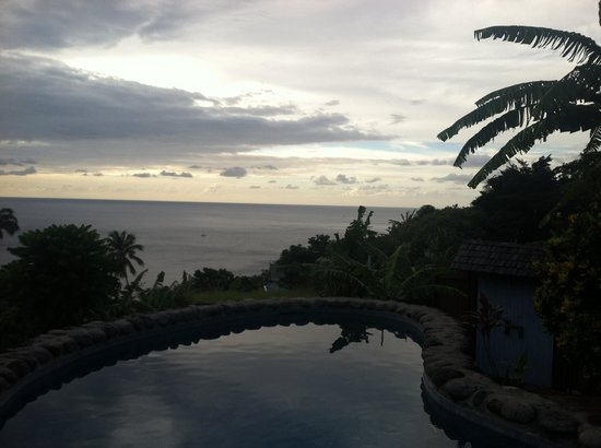 Stonefield Villa Resort: Frangipani Villa at Stonefield- Plunge Pool Sunset