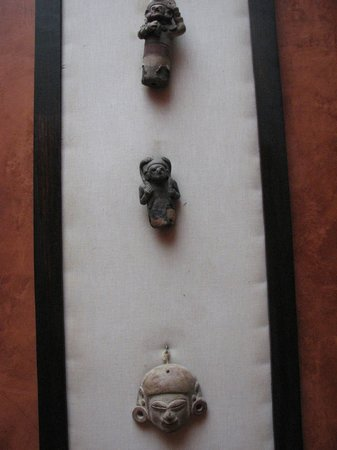Hacienda Manteles: Artifacts displayed - 500 BC