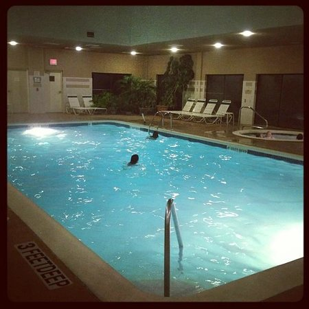Courtyard by Marriott Rockaway - Mt. Arlington: Pool