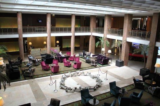 Tivoli Lisboa:                   Lobby