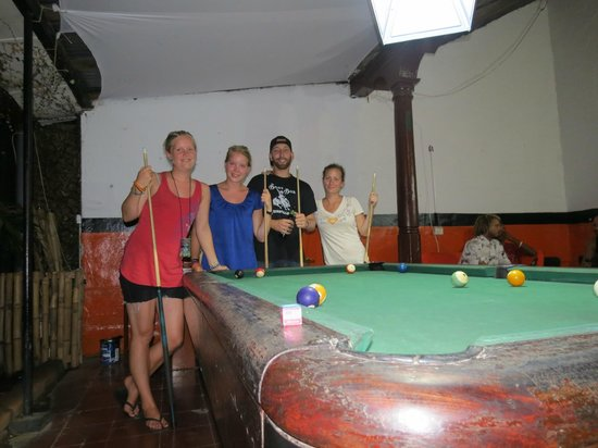 Bigfoot Hostel: Pool tournament