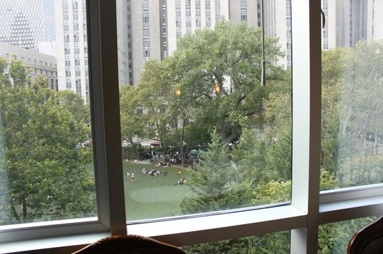 Hotel Mulberry: View to Columbus Park