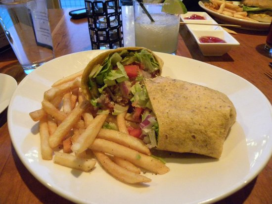 Front Street Grill: Crispy Chicken Ranch Wrap