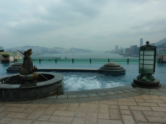 Harbour Grand Kowloon: Pool