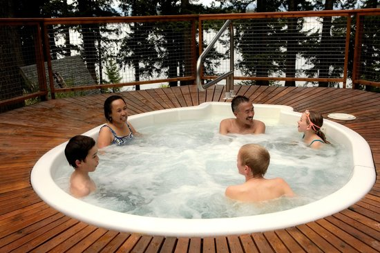Taku Resort and Marina: Relax in the outdoor hot tub open year around.