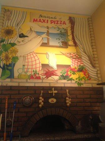 Maxi Pizza: logo