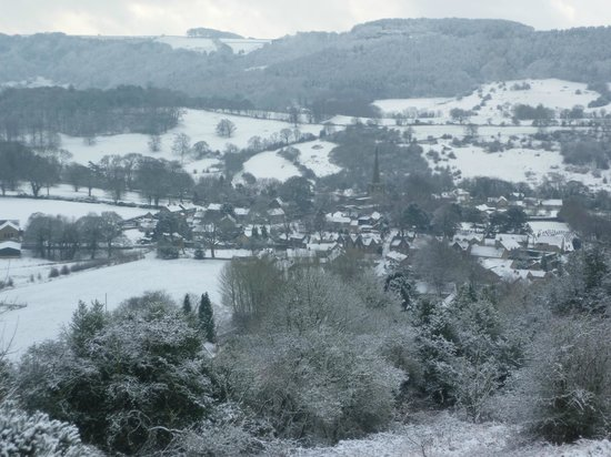 The Old Poets' Corner: Ashover after snow