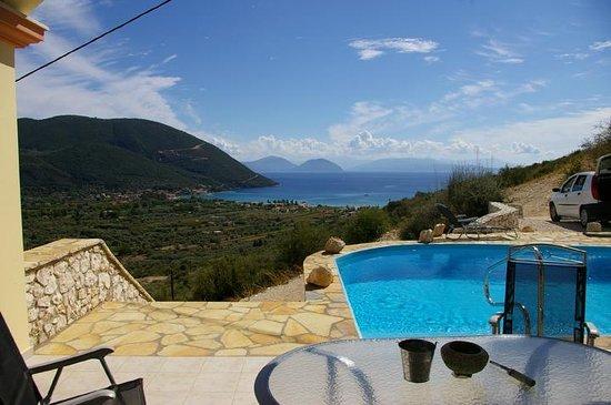 Vassiliki Bay Villas : VILLA CALNOVIC...SEA VIEW