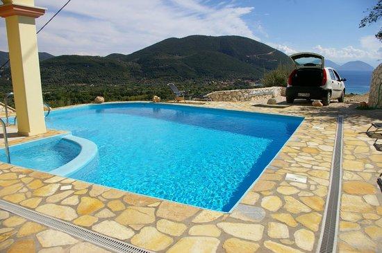 Vassiliki Bay Villas: VILLA CALNOVIC....SUPERB POOL & SEA VIEW