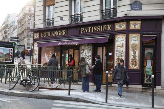 Boulangerie Patisserie De La Tour Eiffel