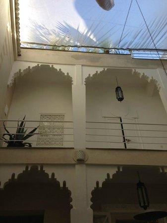 Riad Dar Thalge: étage. chambres