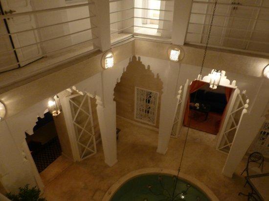 Riad Dar Thalge: Piscine et patio