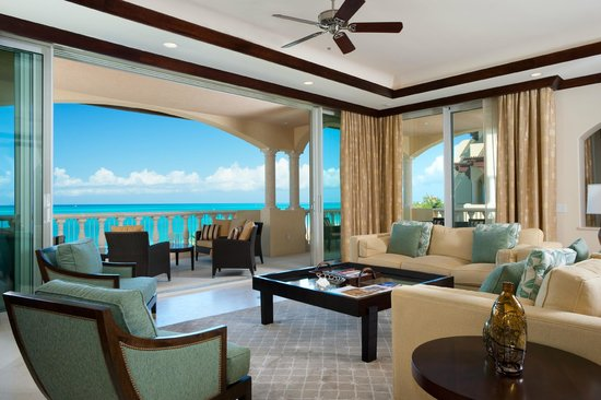 Grace Bay Club : Villa Suite Living Room