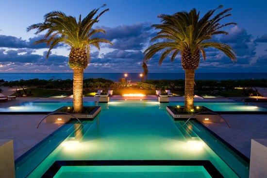 Grace Bay Club : The Estate Pool