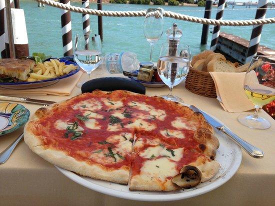 Belmond Hotel Cipriani:                   Pizza upon arrival