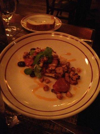 Bocca: Polipo Con Patate, Pomodori Arrostiti E Salsa Di Paprika
