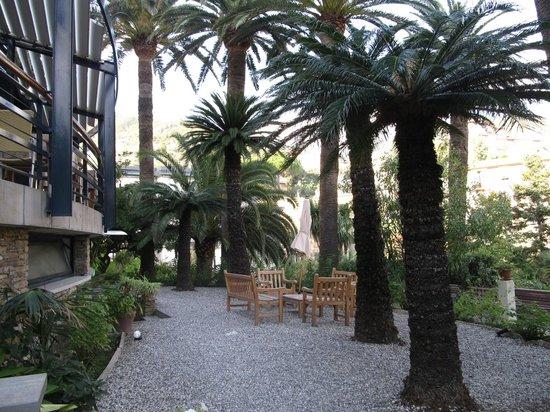 Hotel Villa Adriana: hotel grounds