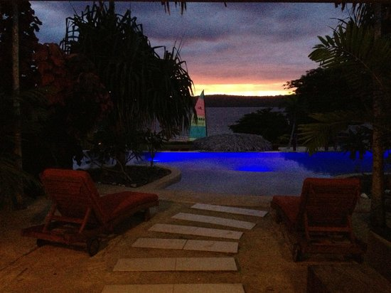 The Havannah, Vanuatu:                   Lagoon Pool at  night