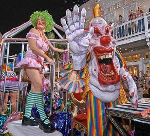 Key West Express - Marco Island : Fantasy Fest