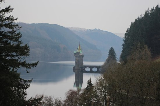 Lake Vyrnwy Hotel & Spa:                   lake