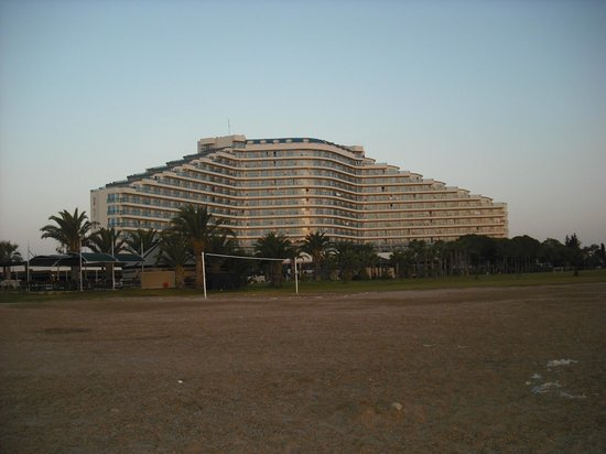 Venosa Beach Resort & Spa: The hotel in early morning