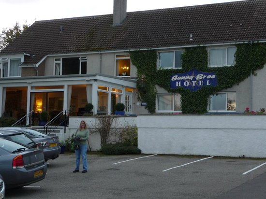 Sunny Brae Hotel : We liked our room on the top floor, far right in the photo.