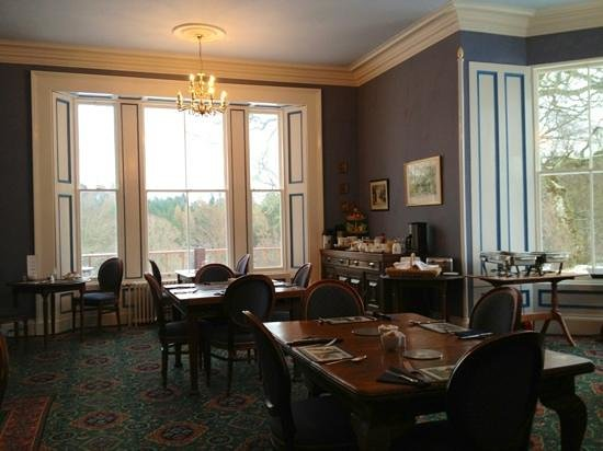 Muckrach Country House Hotel :                   breakfast room