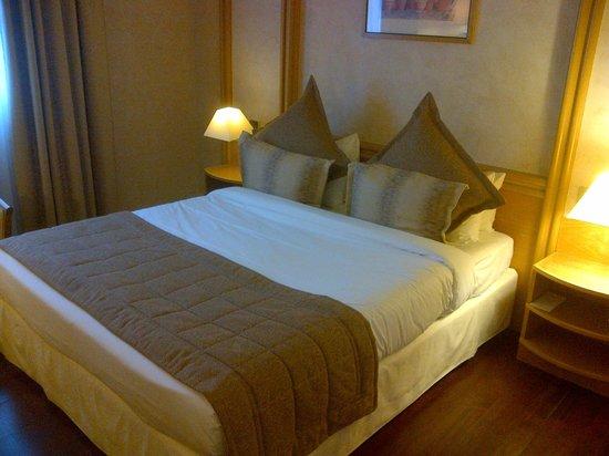 Mercure Cannes Croisette Beach: le lit double