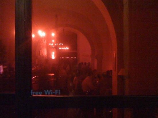 Zuma Gastro Bar : wifi