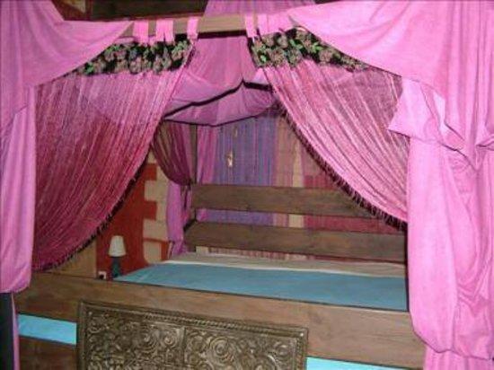 Bouznika, Maroc : chambre a coucher