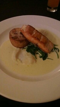 Best Western Plus Mosborough Hall Hotel:                   a lovely salmon main course!