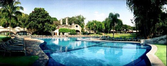 Hotel Hacienda Cocoyoc: Albercas
