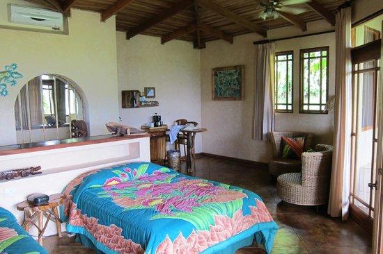 Lost Iguana Resort & Spa:                   Luxury Suite